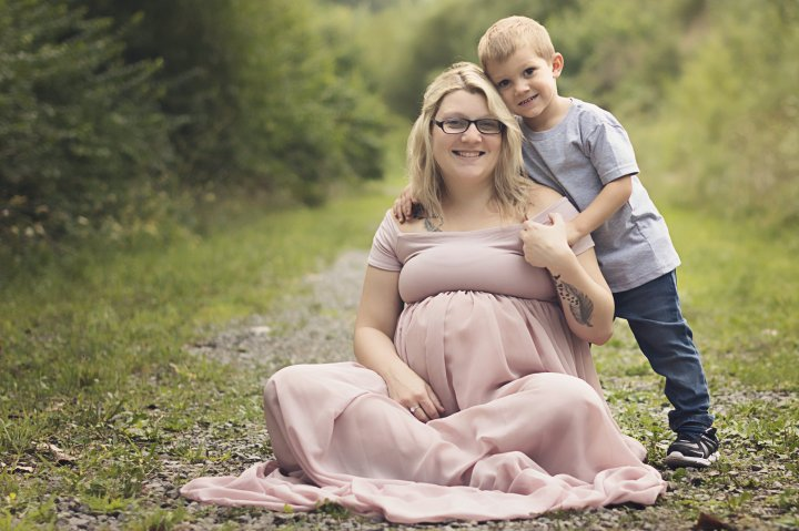 Newborn photographer – family photographer – newborn photography – baby photos – Lima, Ohio – Van Wert, Ohio – Delphos Ohio